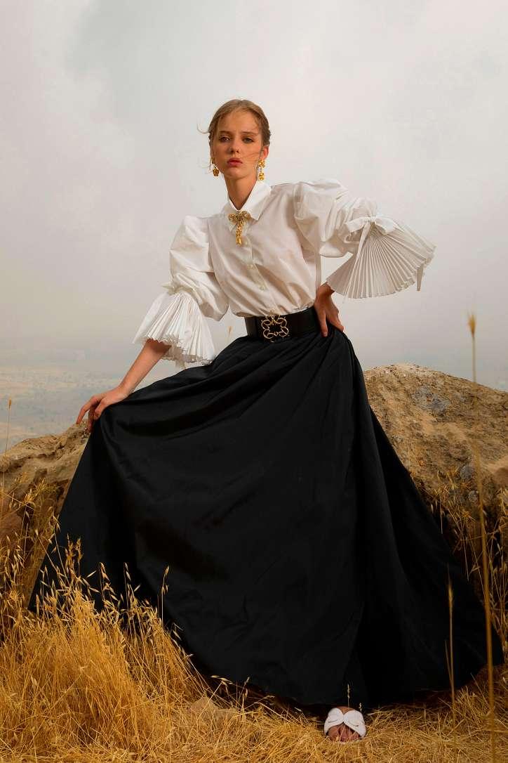 Модные женские блузки весна-лето 2021: основные тренды фото №1