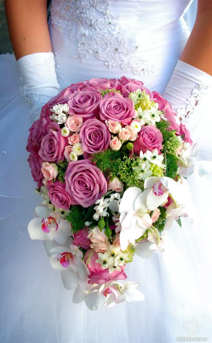 Красивый букет свадебных цветов. CC0