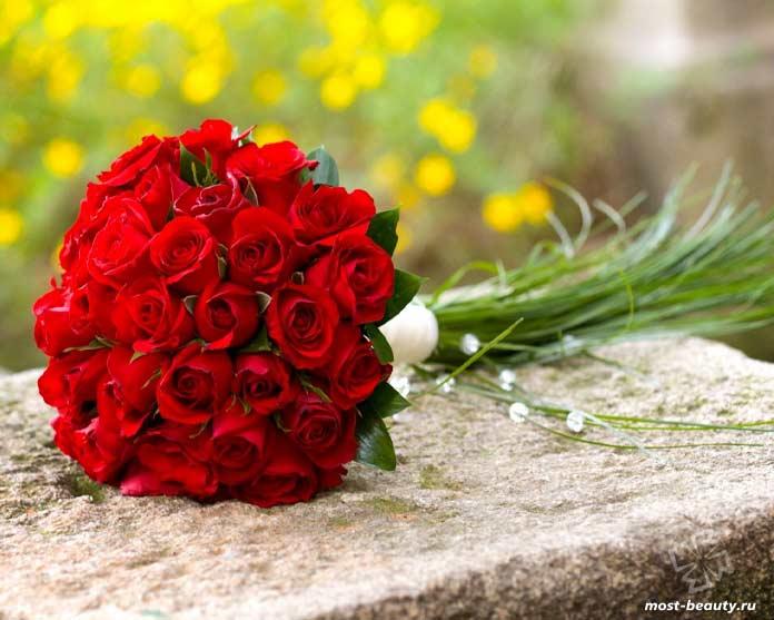 Красивые букет красных роз. CC0