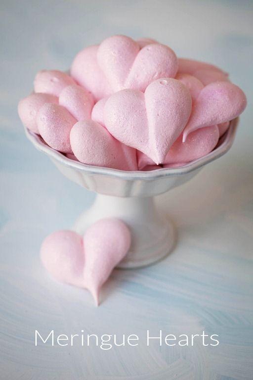 десерты ко дню святого валентина макаронс