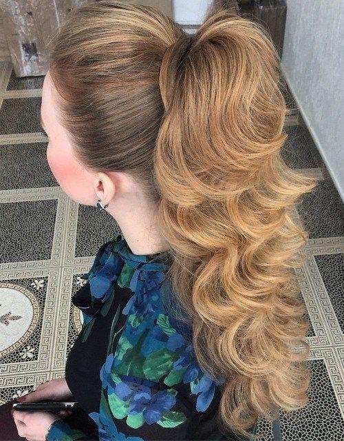 причёски на выпускной