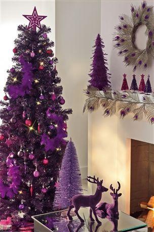 1.Новогодний декор в фиолетовом цвете.