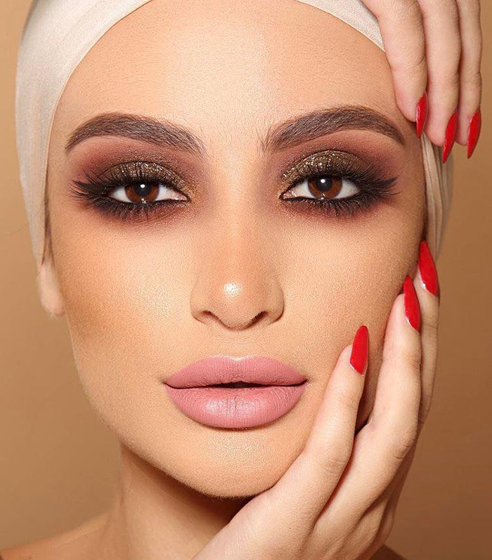 яркий макияж для праздника