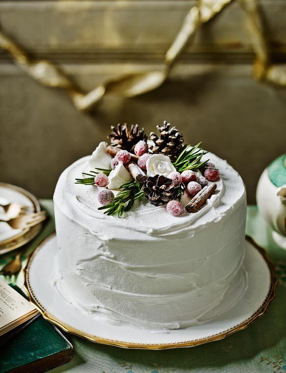 украшение торта шишками
