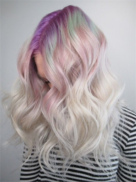 радужные корни волос