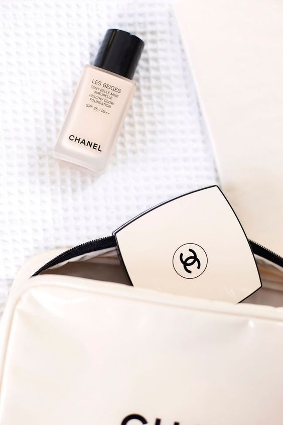 Chanel Healthy Glow Foundation