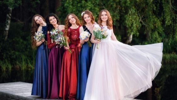 Платья для выпускного вечера 11 класс – рекомендации стилиста