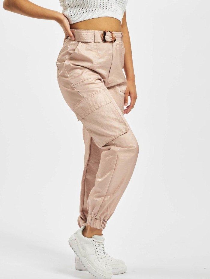 с чем носить брюки карго женские