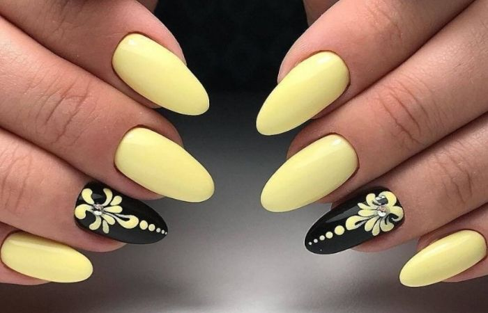 маникюр желтый с черным фото дизайн