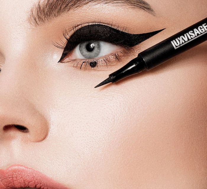 макияж для глаз с внешними опущенными уголками