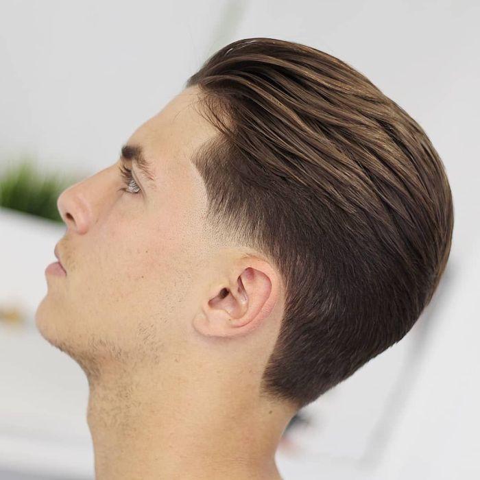 стрижка мужская с удлиненной теменной частью